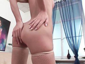 Skinny Beauty Takes A Big Cock Double Penetration