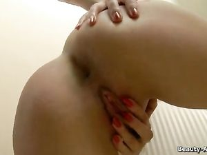 Adorable Solo Teen With Tiny Titties Masturbates Her Cunt
