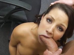 Office Oral Sex From A Curvy Slut On Her Knees