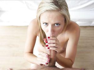 Young Teen GF Wants Big Cock Inside Her Badly